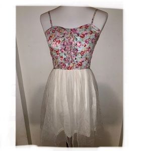 LOVE CULTURE Floral Lace Up Tulle Dress - Small